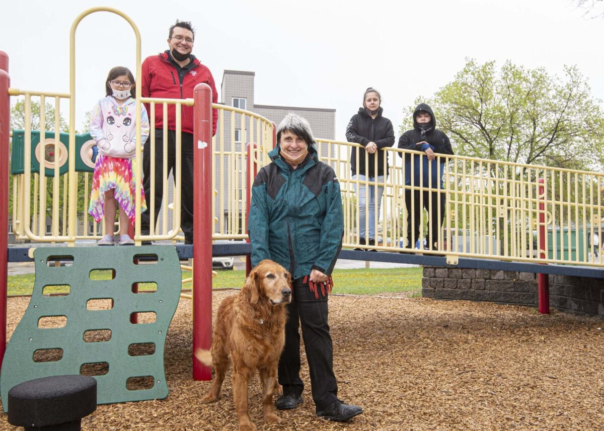 MIKE SUDOMA / WINNIPEG FREE PRESS   (Left to right) Volunteers of Little Stars Playhouse, Terry Brown, Terry's Daughter Kinsley Brown, Gerrie Prymak, her dog, Edda Livingston and her son Cameron Livingston Friday afternoon May 21, 2021